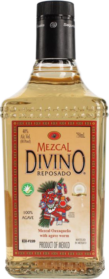 Divino Mezcal, Reposado, with the caterpillar
