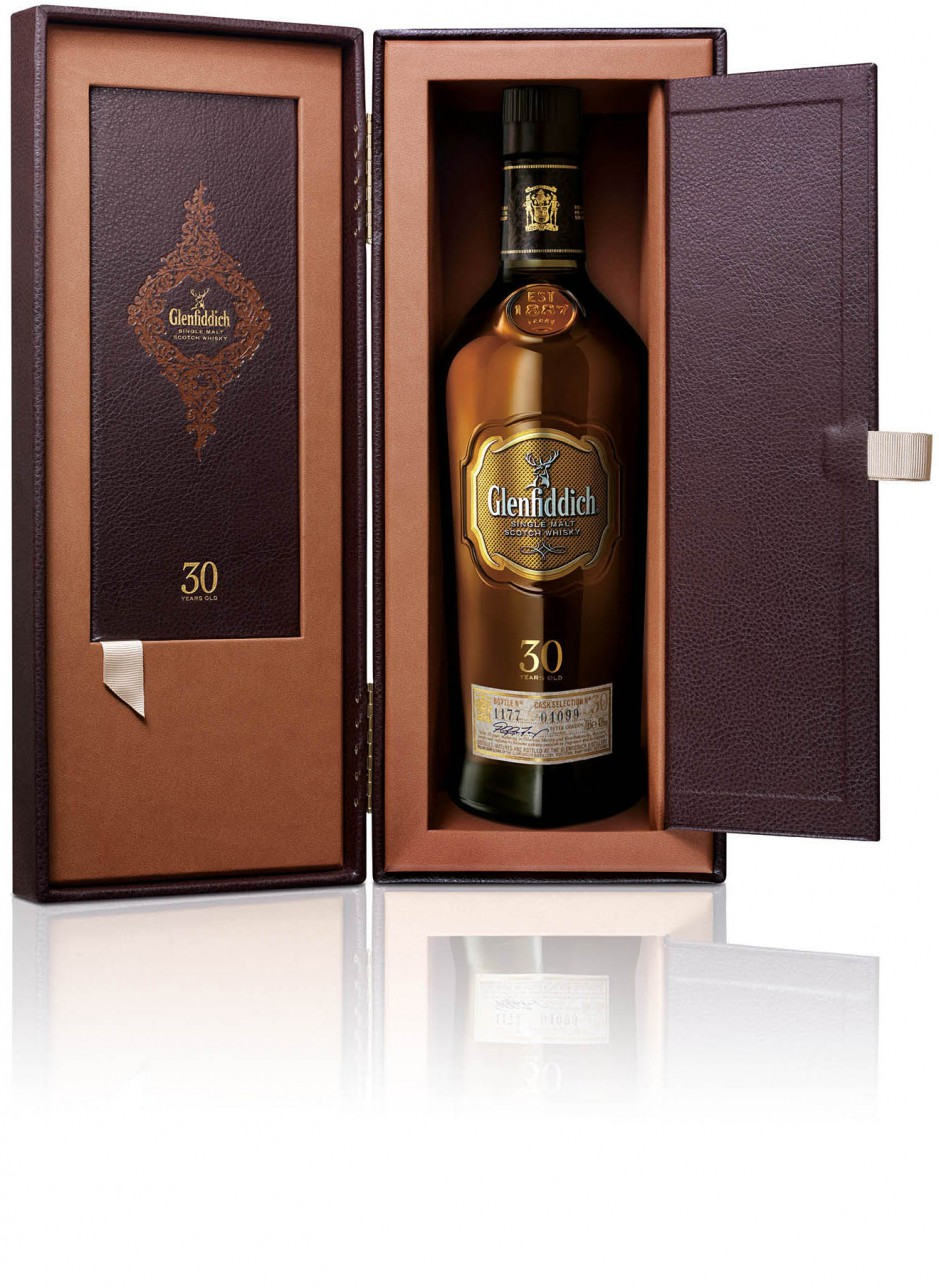 Glenfiddich, 30 Years Old, gift box