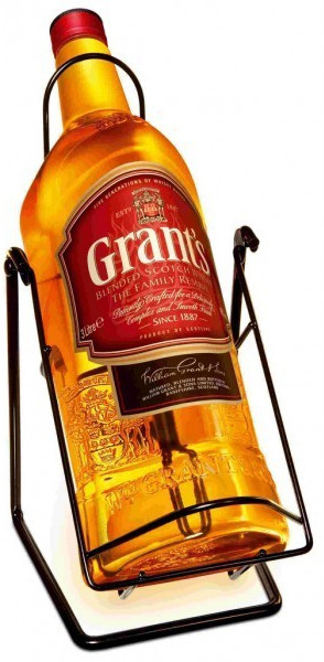 Grant s Family Reserve with Pouring Stand