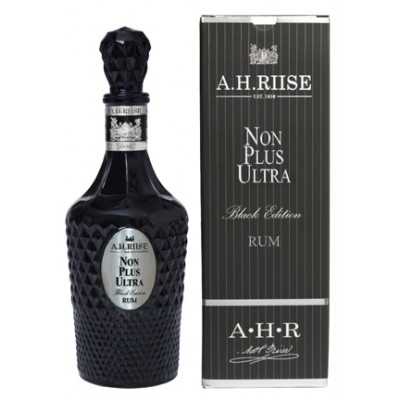 A.H. Riise, Non Plus Ultra Black Edition, gift box